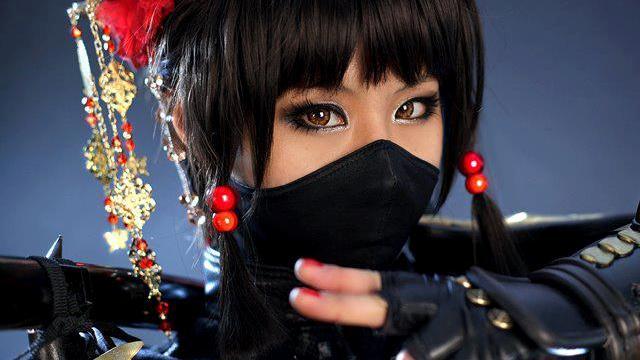 Αυτή είναι η πιο σέξι cosplayer!