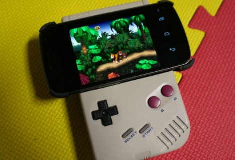 Gamer «φορτώνει» Android στο Game Boy του!