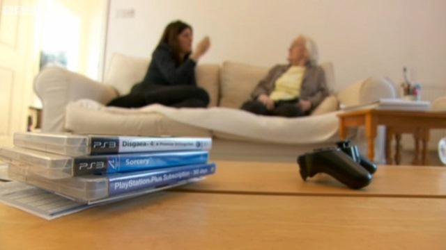 Η high-tech γιαγιά που «λιώνει» στο PS3!