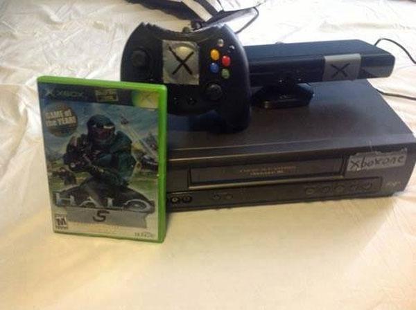 Μου φαίνεται πως έχω ήδη ένα Xbox One στο πατάρι... :P