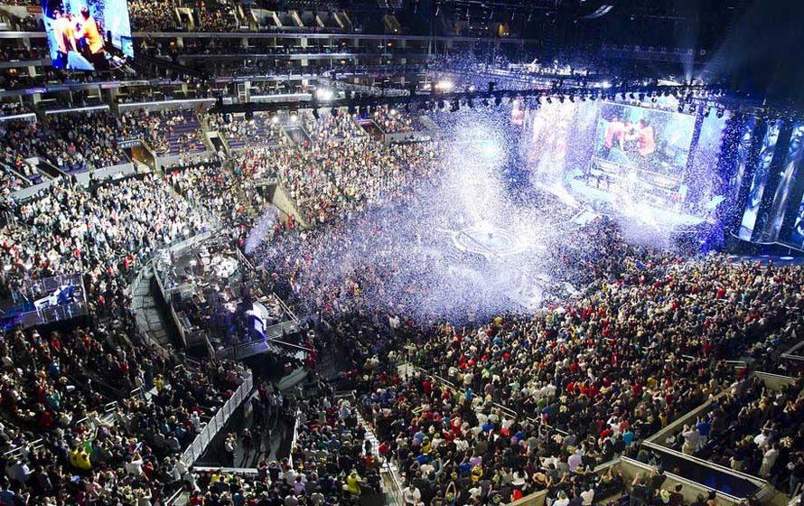 Παγκόσμιος τελικός League of Legends 2013: Όταν οι gamers γεμίζουν στάδια…