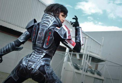 Άντζελα: μια περήφανη και πολυτάλαντη cosplayer