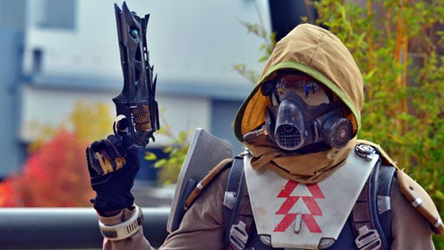 Υπάλληλος της Bungie φτιάχνει ένα Destiny όπλο για να κάνει cosplay