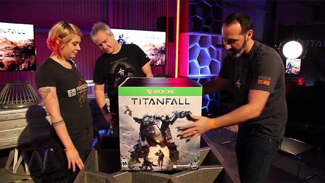 Η συλλεκτική έκδοση του Titanfall είναι γιγάντια! Δες το unboxing της