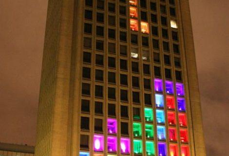 Παίζοντας Tetris σε έναν ουρανοξύστη 29 ορόφων!