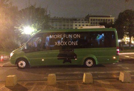 """Μία αξέχαστη βόλτα με το μαγικό """"gaming bus"""" του Xbox One!"""