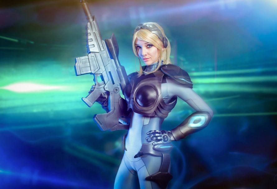 """Απίθανο Nova cosplay με την υπογραφή της """"κουκλίτσας"""" Lyz Brickley!"""