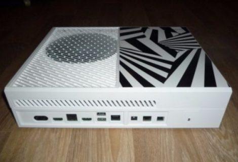 Τρελή ιστορία! Το 2013 παρήγγειλε laptop και του έστειλαν... prototype Xbox One!