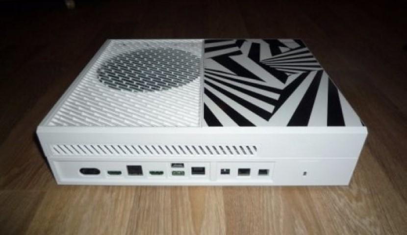 Τρελή ιστορία! Το 2013 παρήγγειλε laptop και του έστειλαν… prototype Xbox One!