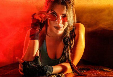 Η sexy Ρωσίδα cosplayer που έχει… ψύχωση με τη Lara Croft!