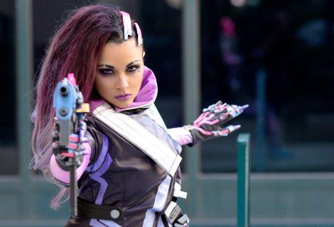 """Η μελαχρινή κούκλα Soni Aralynn είναι η """"ιέρεια"""" του cosplay!"""