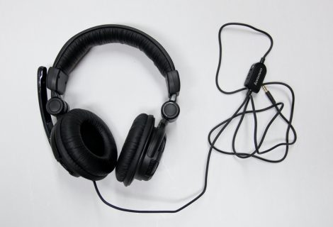 Sounds Great! Lenovo P950N Headset with Microphone & Shocking Bass