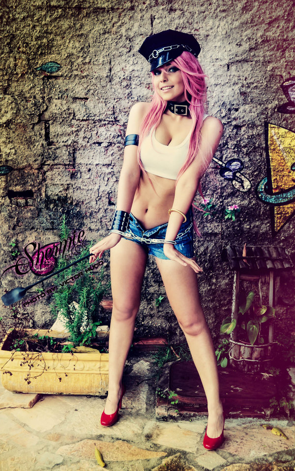 Poison Shermie Cosplay (1)