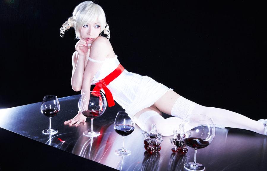 Catherine Cosplay (4)