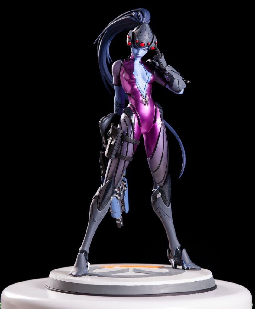 Widowmaker Statue (2)