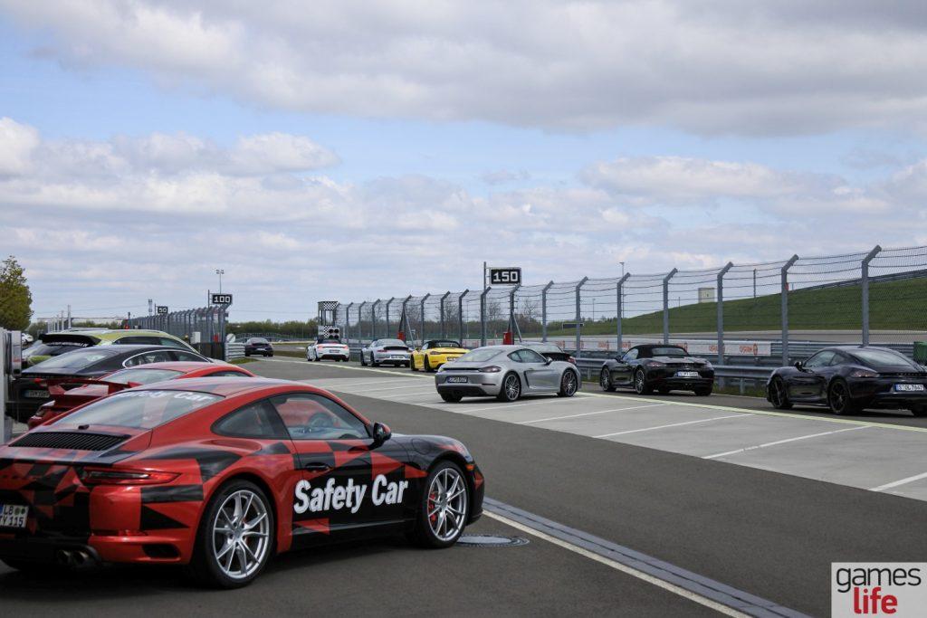 AOC Porsche (4)