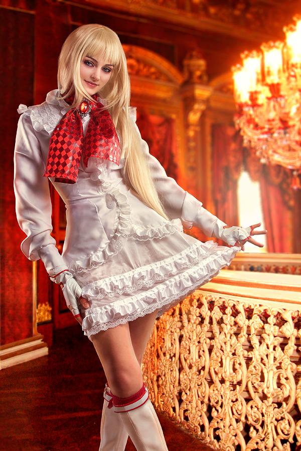 Lilli Rochefort (5)
