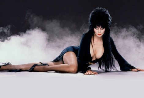 H Elvira, Mistress of the Dark, στο Absolution DLC του CoD: Infinite Warfare!