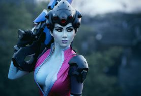 Ονειρεμένο και super sexy Widowmaker cosplay!