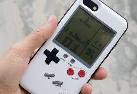 Η iPhone case που παίζει Tetris, έχει retro άρωμα από… Gameboy!