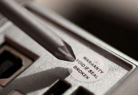 Τα αυτοκόλλητα για παραβίαση εγγύησης ίσως είναι παράνομα!